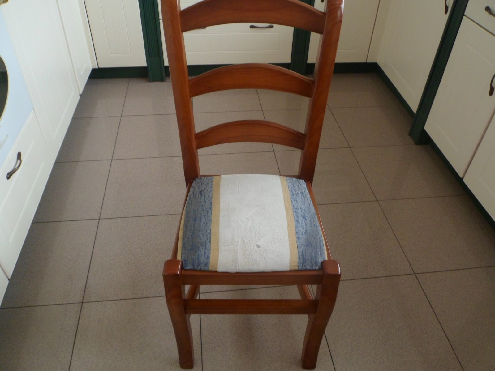 Tapizar sillas asientos - Tapizar una silla ...
