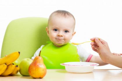 Tips Cerdas Memilih Vitamin Untuk Bayi Usia 0-6 bulan