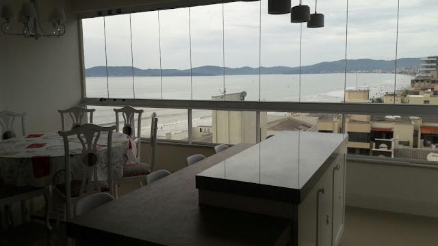 Apartamento novo para locação na Meia Praia