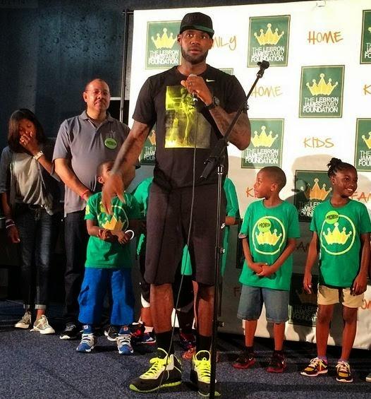 cffae9629887e4 Celeb Sneaker Game  Lebron James Wearing Nike Lebron 8 112 s