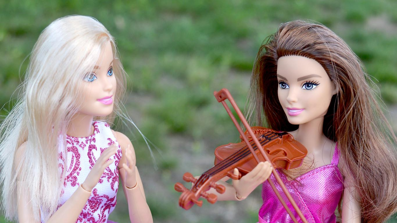 Latest Beautiful Barbie Images