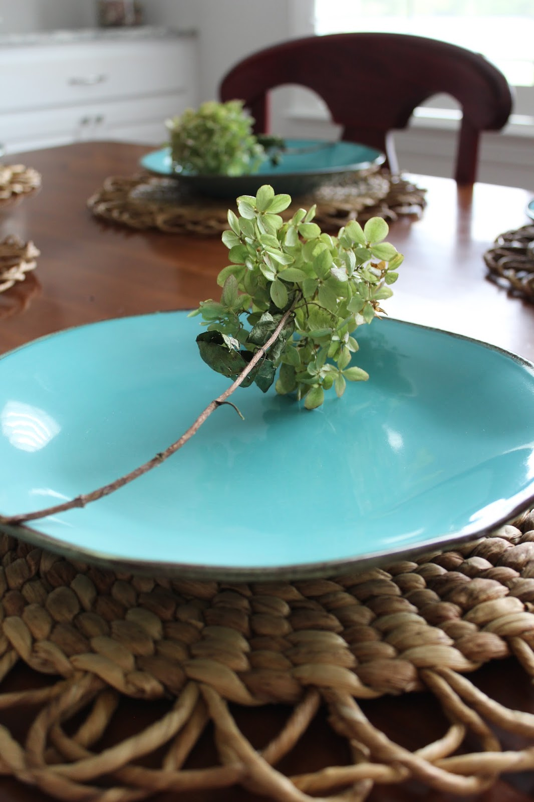 Fall decor ideas, quick and easy fall decor using what you have, fall tablescapes with hydrangeas