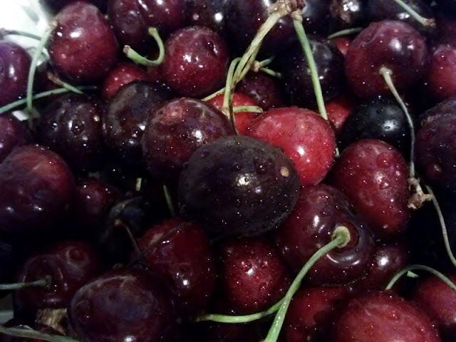 black cherries, fresh, summer fruit