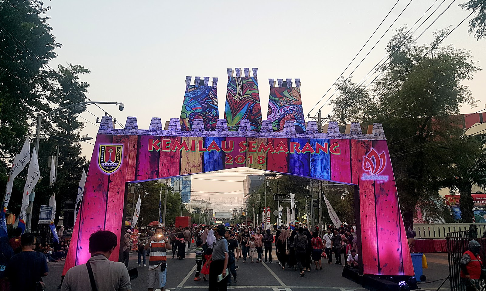 Melihat Kupu-kupu Raksasa di Semarang Night Carnival 2018 ...