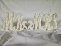 Glittered Mr & Mrs €10