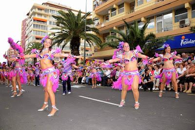 Resultado de imagen de calles carnaval puerto de la cruz