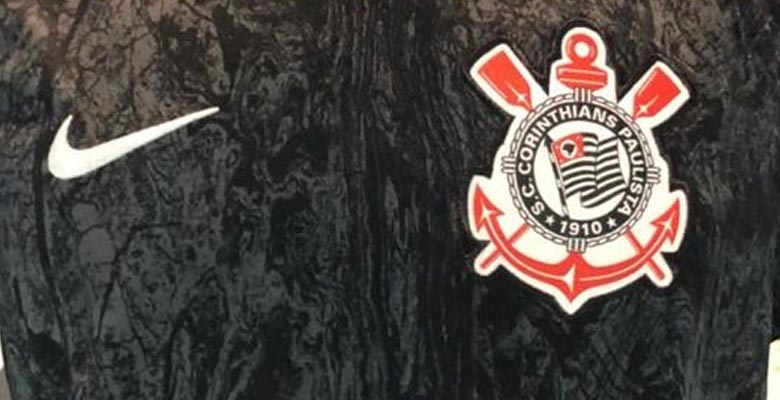 c341eb83a Update  Corinthians fan  Teleco1910 has shared new pictures of the  Corinthians 18-19 home and away kits. The Nike Corinthians 2018-19 home and  away jerseys ...