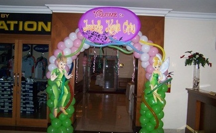 Balloon Gate with Banner or Character