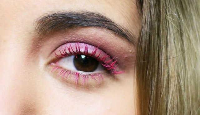 Menggunakan Warna Di Ujung Bulu Mata Idep - 8 Tip Cara Memakai Maskara Berwarna Agar Tidak Tebal dan Menggumpal