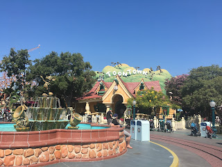 Mickey Mouse house toontown Disneyland