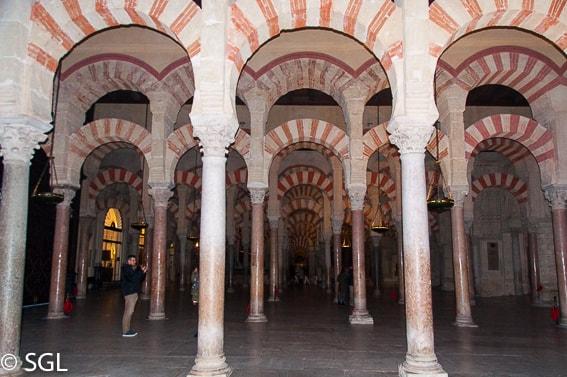 Interior Mezquita-Catedral. Recorrido fotografico por Cordoba