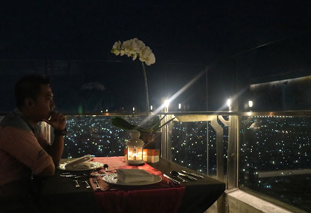 Romantic Dinner Called Romance In The Sky @AgraRooftop at Alila Hotel, Solo