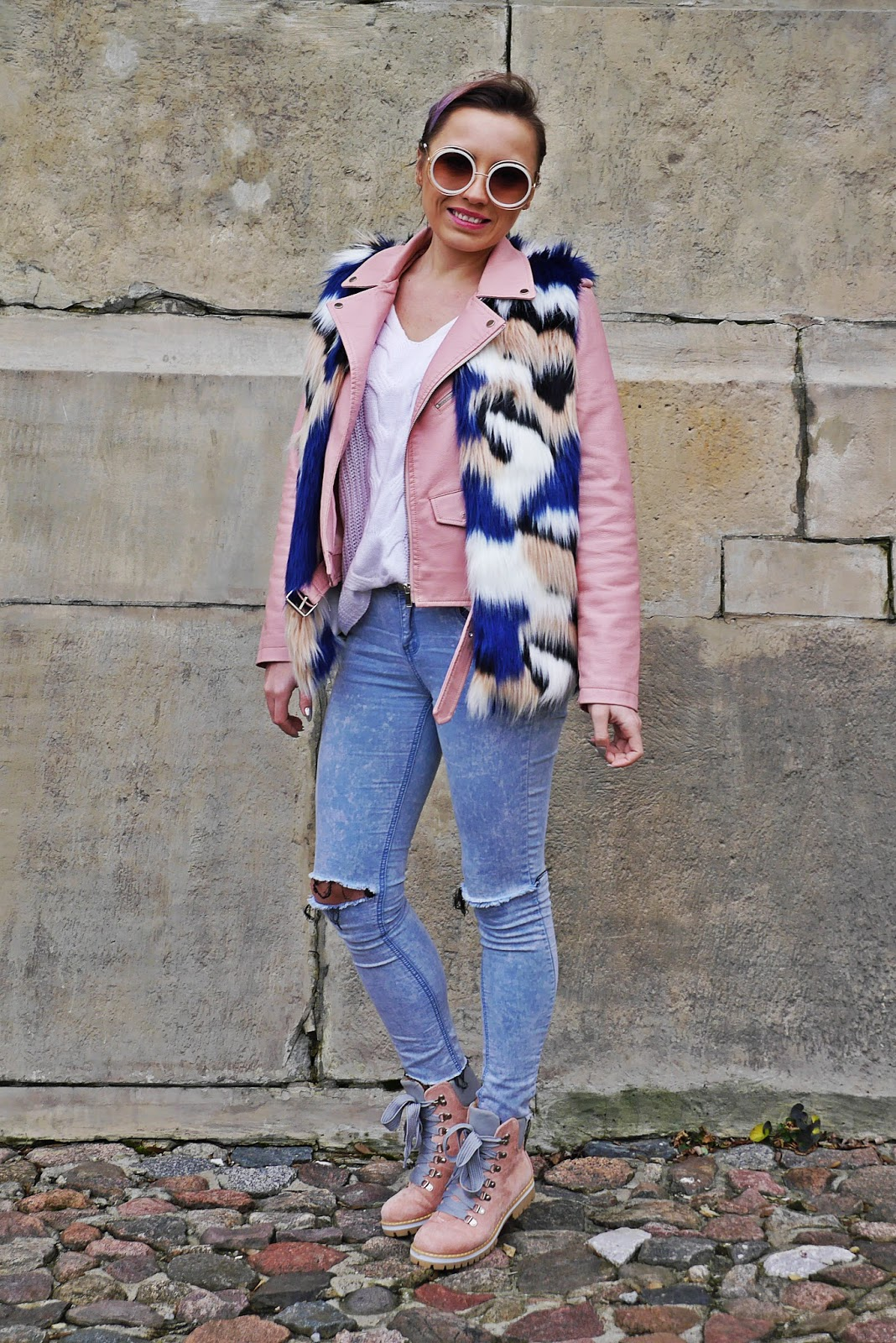 1_fur_vaist_pink_biker_jacket_jeans_buty_renee_karyn_blog_modowy_281217
