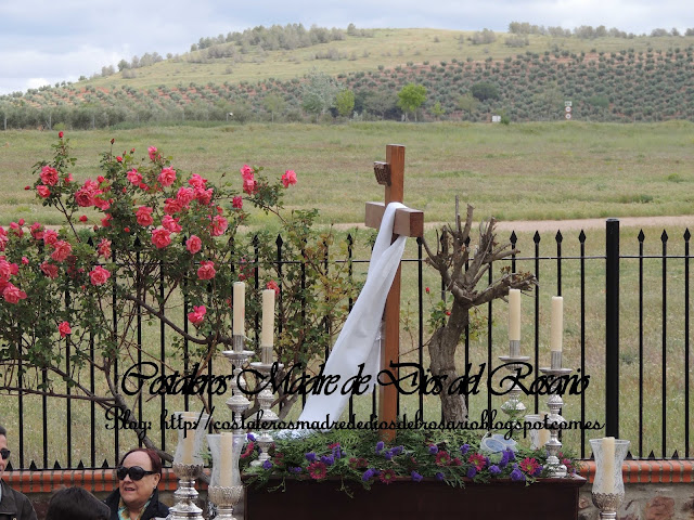La procesión de la Cruz de Mayo