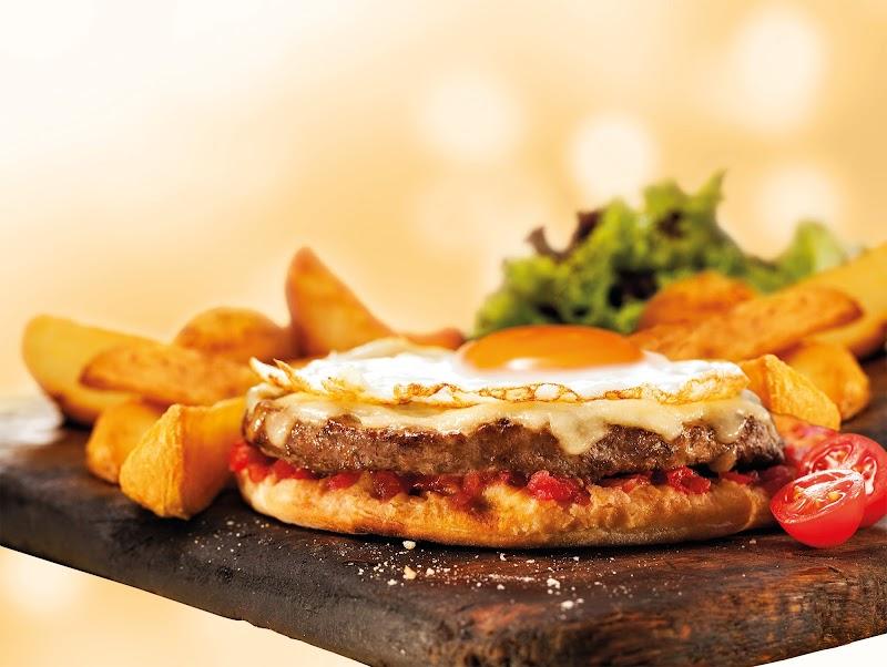Patroni inova e inclui hambúrguer no cardápio da rede