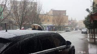 مدينة المنزل تتحول إلى عروس بفستانها الثلجي الأبيض