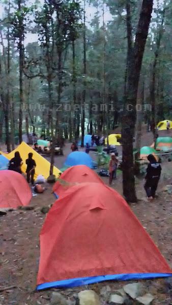 Camping Ceria di Kaki Gunung Burangrang