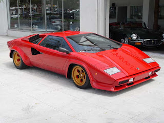 car and driver grand prix lamborghini countach un. Black Bedroom Furniture Sets. Home Design Ideas