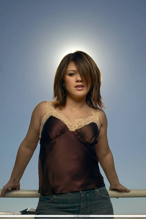 Kelly Clarkson Hairstyle Trends Kelly Clarkson Hot Pictures