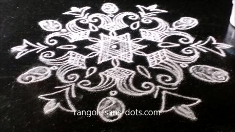 7-into-4-dots-rangoli-image-1ai.png