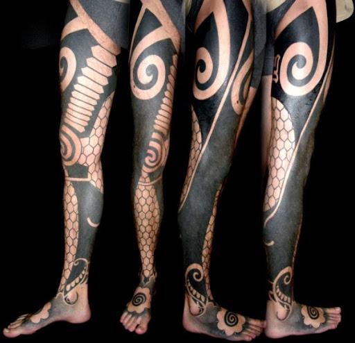 Tribal Na Perna Tatuagem Manga
