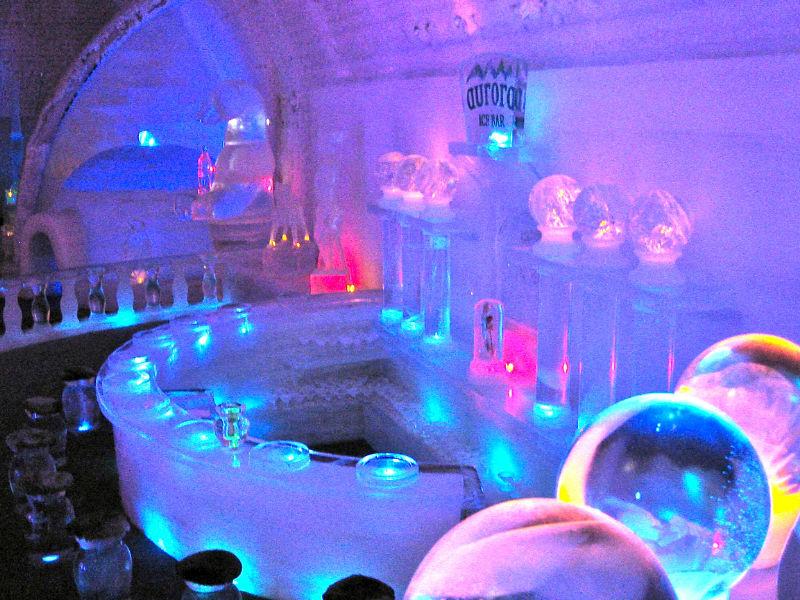 canada sorprendente hotel de glace en quebec canada. Black Bedroom Furniture Sets. Home Design Ideas