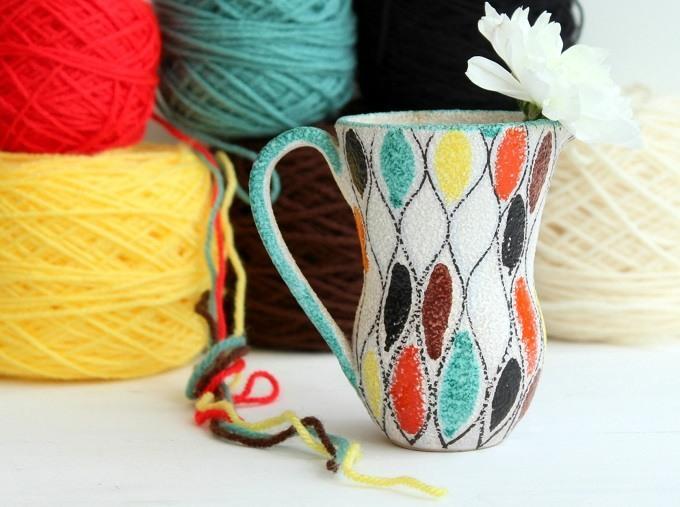 crochet colour palettes from ceramiv vases