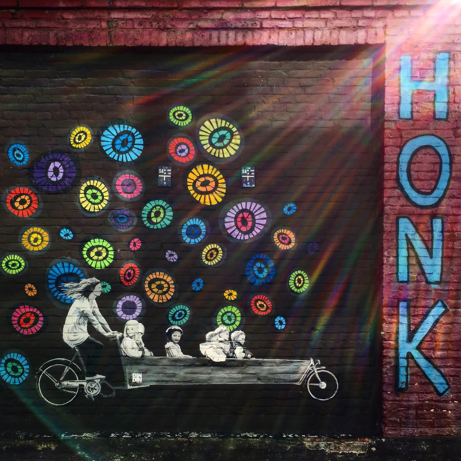Le Chameau Bleu - Blog Voyage Gand Belgique - DinDin - Artiste de Street Art à Gand en Belgique