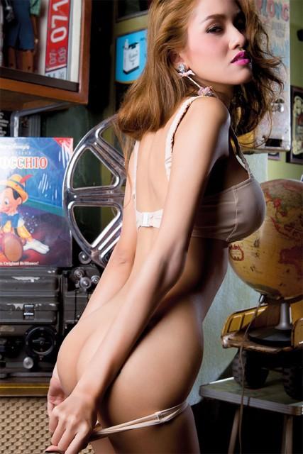 Carmella bing pornostar