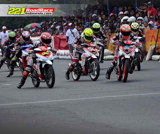 Daftar Pembalap Tercepat di QTT Honda Dream Cup 2016 Seri 2 Cimahi