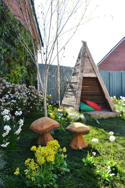 14 Outdoor Pallet Furniture for Spring | Do it yourself ...