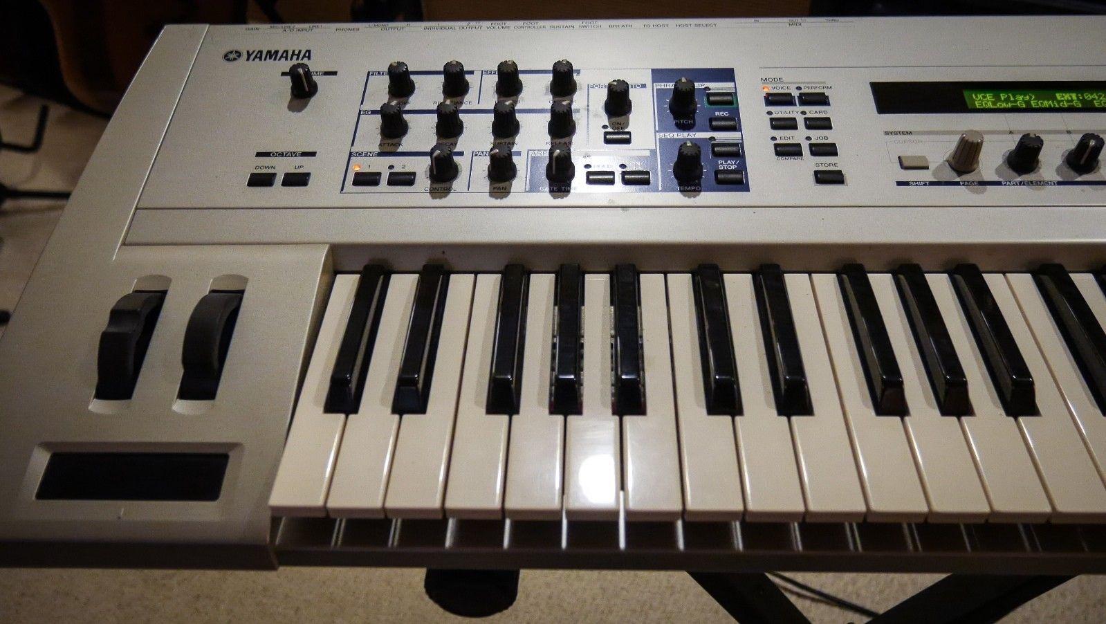 MATRIXSYNTH: Yamaha CS6x Keyboard Synth