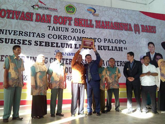 UNCP Raih Penghargaan Kampus Pelopor 'Sukses Sebelum Lulus Kuliah' di Indonesia Timur