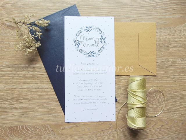 Una invitación de boda bonita y con encanto con diseño vegetal en acuarela
