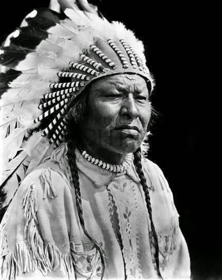 blackfoot indian indians blackfeet tribe clothing hair rough historic american native circa photographs profile 1910 americans 1900