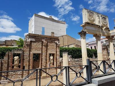 Pórtico del Foro romano de Mérida