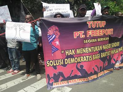 AMP Demo Tutup Freeport dan Beri Kemerdekaan Papua