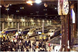 محطة القطار من الداخل