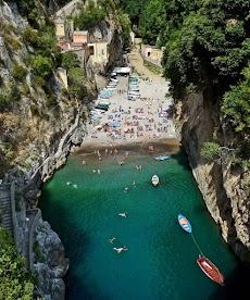 Furore : Keindahan Desa Tersembunyi Di Antara Tebing [Italia]