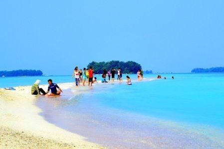 wisata pantai pulau tidung kepulauan seribu