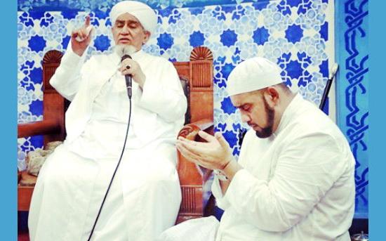 Habib Abu Bakar al-Adni: Setan Langsung Jadi Kurus Ketika Mendengar Sholawat