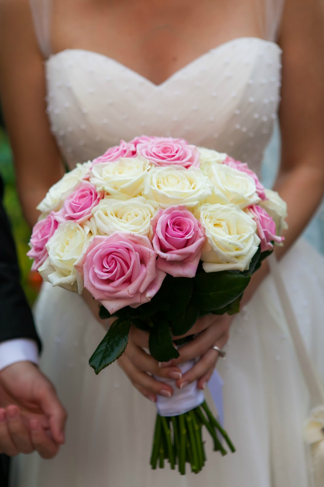 pink and white roses wedding bride bouquet