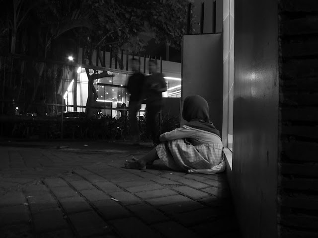 A Little Beggar - A Nobody Want to See Part of Life