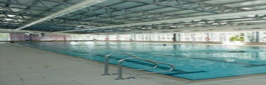 Centro deportivo aluche for Piscina municipal aluche
