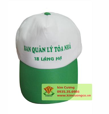 Xưởng sản xuất tại quận 12 đáp ứng nhu cầu may nón của khách hàng gần xa Liên hệ đặt hàng trực tiếp qua số điện thoại 0935 35 6986