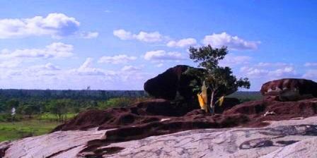 wisata bukit batu palangkaraya bukit batu di palangkaraya misteri bukit batu palangkaraya bukit batu banama palangkaraya legenda bukit batu palangkaraya