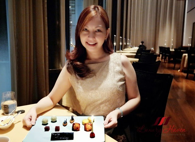 glitter glam fashion bvlgari il ristorante tokyo japan