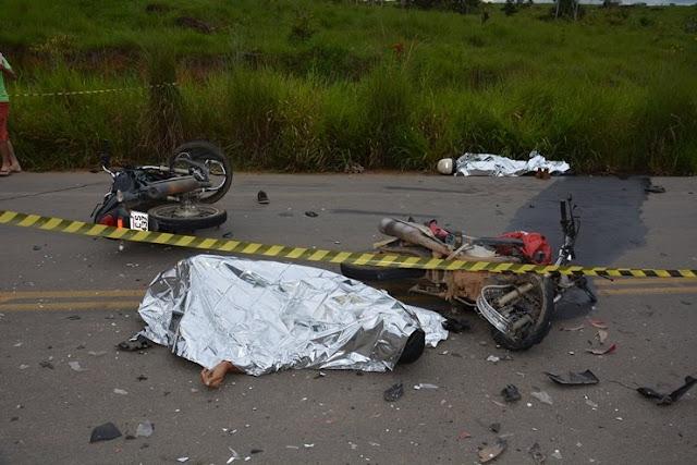 Acidente envolvendo três motociletas na RO-464 deixa duas vítimas mortas em Jaru