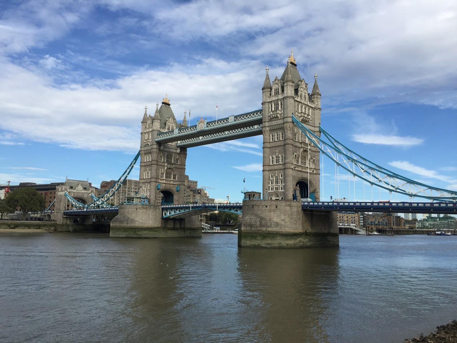 2016倫敦景點 泰晤士河上最美麗的倫敦塔橋Tower Bridge - Travel Par Avion
