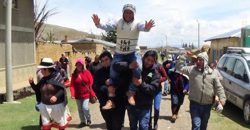 Portero de colegio en Ondores, fue elegido el alcalde más joven de la región Junín